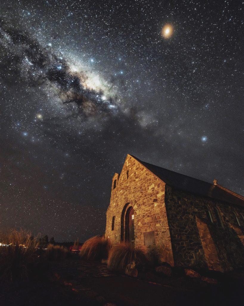 羊飼いの教会と天の川