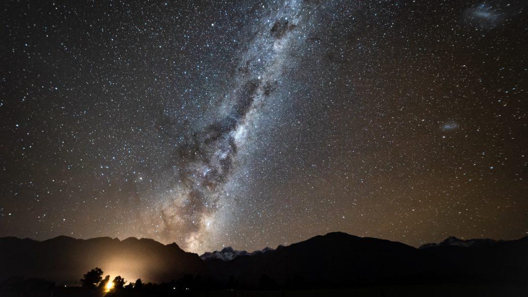 マセソン湖の星空